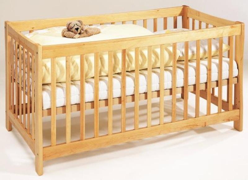 dasbett24 kinderbett mit rundum gitter f r baby und. Black Bedroom Furniture Sets. Home Design Ideas